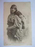Bédouine Tunisienne Et Son Enfant 251 J. Geiser - Tunisie