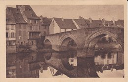 12----ESPALION---le Pont Gothique Du XIIIè Siècle---voir 2 Scans - Espalion