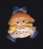 59683- Pin's.poupée Ancienne.jeux... - Jeux
