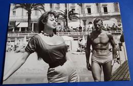 Sexy BRIGITTE BARDOT In Cannes # Tushita/Interphoto-AK # [19-295] - Schauspieler