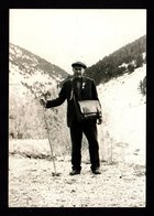ANDORRE ANDORRA Miquel CANARO Facteur à Andorre Dans Les Années 1960 Edition Du Musée Postal D'après Archives Familiales - Andorra
