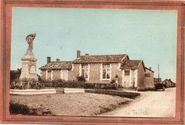 CPA - La TAILLEE (85) - Aspect Du Monument Aux Morts Devant L'Ecole De 1937 - France