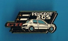 1 PIN'S  //  ** PEUGEOT 205 CTI ** . (Helium Paris) - Peugeot
