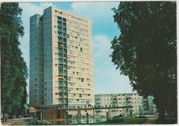 Seine  Et  Marne :  FONTAINEBLEAU  :  Tour   Warnery  (  Station  Essence  BP ) - Fontainebleau