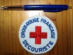 ECUSSON CROIX ROUGE   SECOURISTE - Pompiers