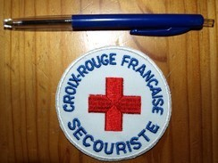 ECUSSON CROIX ROUGE   SECOURISTE - Bomberos