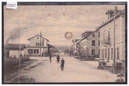 BONFOL - LA GARE - ( FORT PLI VERTICAL A GAUCHE ) - JU Jura
