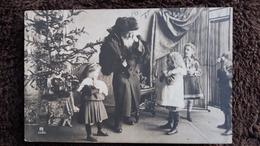 CPA  PERE NOEL SANTA CLAUS SAPIN ENFANTS PHOTO - Santa Claus