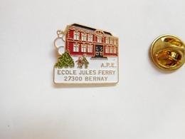 Beau Pin's En Relief , Ville De Bernay , école Jules Ferry , APE , Eure - Transports