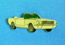 1 PIN'S //   ** FORD MUSTANG GT CABRIOLET / 1966 ** - Ford