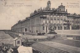 AK - Russland - St. Petersburg - Am Kai Mit Palast - 1908 - Russland