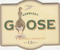 UNUSED BEERMAT - HALL & WOODHOUSE BADGER BREWERY (BLANDFORD FORUM, ENGLAND) - GOBBLEDY GOOSE - (Cat No 113) - (2003) - Portavasos