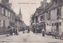 Cpa MAGNAC BOURG GRANDE RUE - France