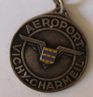 Peu Courant Porte Clés En Métal Aéroport Vichy Charmeil Chobillon PAris - Werbung