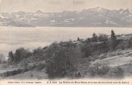 La Chaîne Du Mont Blanc Et La Mer De Brouillard Vues Du Salève - France