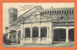 A722 / 011 24 - BOURDEILLES Remparts Du Château La Halle - Altri Comuni