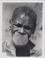 28729g  CONGO BELGE - EPULU - FEMME BABIRA - Photo De Presse - Ethnographique - C. Lamote - 24x18c - Afrique