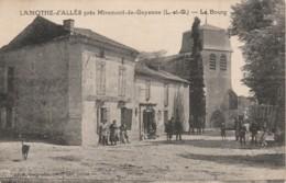 D15-47) LAMOTHE D 'ALLES (LOT ET GARONNE) UN COIN DU BOURG - (ANIMEE - LE BOURG - 2 SCANS) - Autres Communes