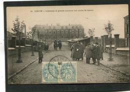CPA - LIEVIN - L'Avenue Et Grands Bureaux Des Mines De Liévin, Très Animé - Lievin