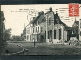 CPA - Guerre Mondiale 1914-18 - LAVENTIE - Entrée De La Rue Du Paradis, Animé - Laventie