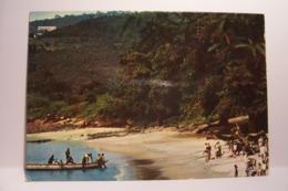 SIERRA LEONE   - Beach  Scene   - ( Pas De Reflet Sur L'original ) - Sierra Leone