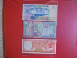 SURINAME LOT DE 3 BILLETS (B.7) - Coins & Banknotes