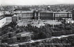 WIEN-VOLKSGARTEN UND HELDENPLATZ MIT NEUER HOFBURG-REAL PHOTO- VIAGGIATA -1966 - Vienna Center