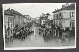 Fotocartolina Mortara (Pavia) - Piazza Con Banda Musicale CC. NN. - Anni '30 - Photos