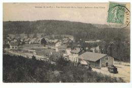 Saclas (S -et-O) - Vue Générale De La Gare - Arrivée D'un Train. - Autres Communes