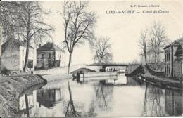 CIRY LE NOBLE Canal Du Centre - France