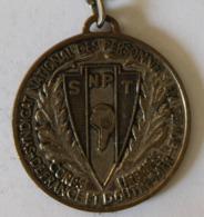 Porte Clés 20e Anniversaire De L'indépendance Syndicale 1967 SNPT Syndicat Personnels En Tenue Police - Police & Gendarmerie
