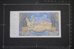 Billet, ALGERIE, 5 Dinars Banque Centrale D'Algérie Fennec - Argelia