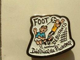 PIN'S  FOOTBALL -  DISTRICT DE PROVENCE - DEBUTANTS - Football