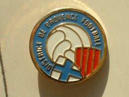 PIN'S  FOOTBALL -  DISTRICT DE PROVENCE - Football