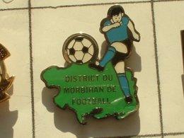 PIN'S  FOOTBALL -  DISTRICT DU MORBIHAN - BRETAGNE - Football