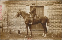 Belle Carte Photo De Militaire à Cheval Localisé Par Les écrits à La Courtine (Creuse) En 1912 - Personaggi