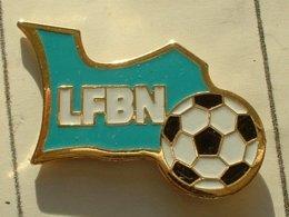 PIN'S  FOOTBALL -  LIGUE DE BASSE NORMANDIE - Football