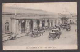 CPA SAUMUR-La Gare-Animée- - Saumur