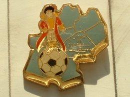 PIN'S  FOOTBALL -  LIGUE MIDI PYRENEES - Football
