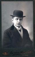 Photo Originale CDV Portrait D'Homme Tchèque Au Chapeau Melon De Prague - Praha - American Photo Stadt Prague - Photos