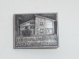 BROCHE SUISSE, HORNLIHUTTE, 2513 M, SC.AROSA - Villes