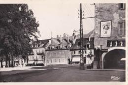 Carte Photo  CPSM : Bonneville (74) La Place Et Les Arcades Pompe à Essence, Pub LU Lefevre Utile St Raphaël - Places