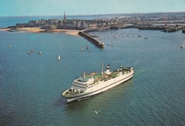 35 Saint Malo, Le Car-Ferry Assurant La Traversée Saint Malo-Plymouth - Saint Malo
