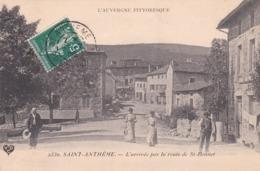 St Anthème - L'arrivée Par La Route De St Bonnet - Altri Comuni