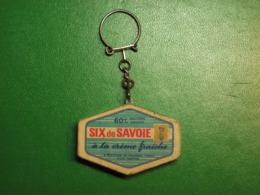 Porte-clé Plastique Fromage Portions Six De Savoie - Boite Vide - Schlüsselanhänger