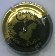 CAPSULE-CHAMPAGNE BERTHELOT-PIOT N°07 Or & Noir - Other