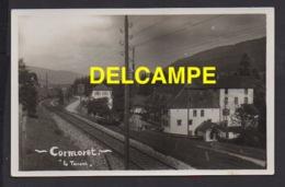 """DD / SUISSE / CANTON DE BERNE / CORMORET / """" LE TORRENT """" /  UNE PARTIE DU VILLAGE ET LA LIGNE DE CHEMIN DE FER - BE Berne"""