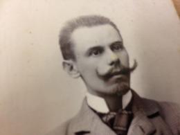 HERMANNSTADT - ROMANIA - ATELIER MYSZ - YOUNG MAN WITH HUGE MOUSTACHE - DEDICATION - 1902 - Lieux