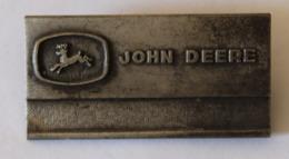 Broche Ancienne Employé Entreprise Américaine John Deere Matériel Agricole Tracteur - Organisations