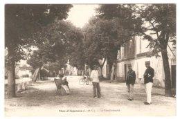 CPA 47 Le Mas-d'Agenais - La Gendarmerie Rue Du Bois - Animation - Gendarmes - Peu Commune - France